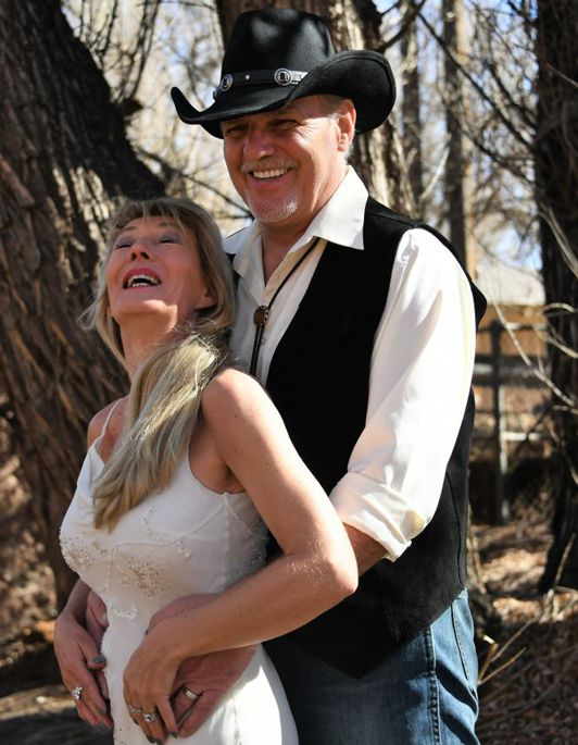 Photo Shoot at Blue Skies Inn, Manitou Springs Colorado