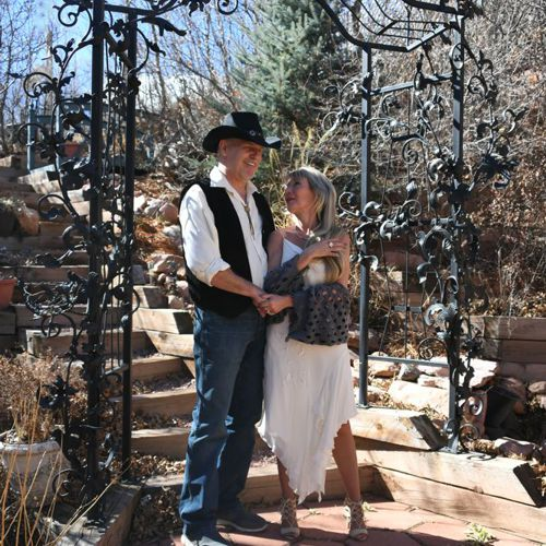 Photo Shoot at Blue Skies Inn, in Manitou Springs, Colorado